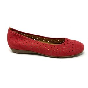 Gabor Ruffle Nubuck red perforated ballet red